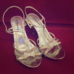 Delicacy Shoes - Delicacy Jeweled Silver Sandal