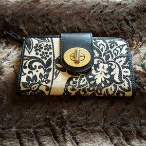 SPARTINA 449 Handbags - SALE?? SPARTINA 449 LADY WALLET
