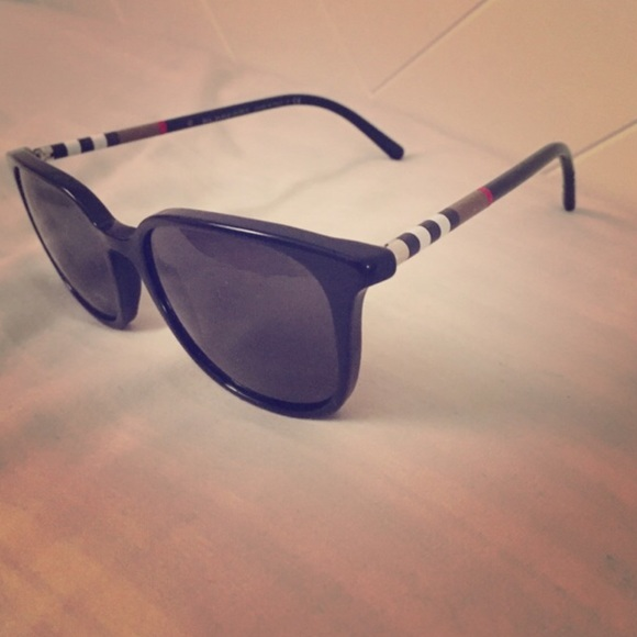 burberry sunglasses on sale c9k7  burberry sunglasses sale