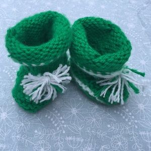 Other - NEW Hand Knitted Chunky Green Baby Booties