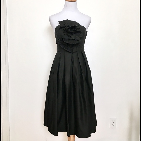 H&M Dresses & Skirts - H&M Black Strapless Dress