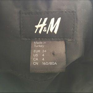 H&M Dresses - H&M Black Strapless Dress