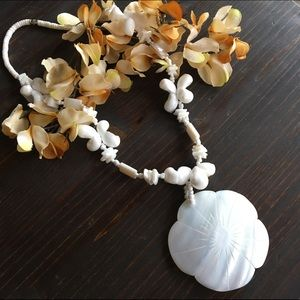 Jewelry - Shell & Bead Statement Necklace