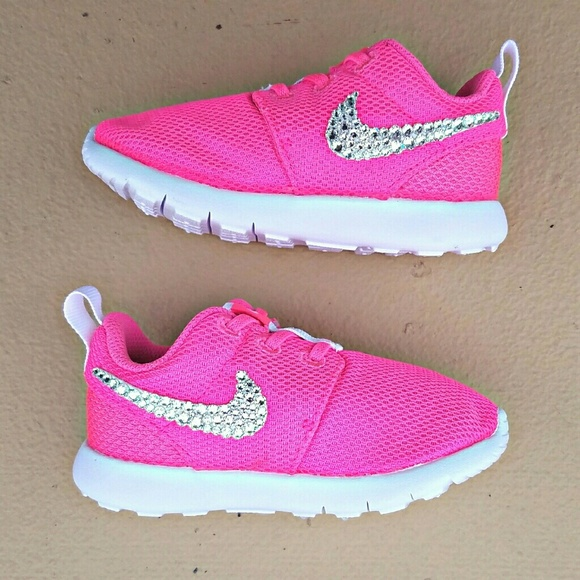 hot sale online f662f 9f24b SWAROVSKI Bling Girls' Preschool Kids Nike Roshe NWT