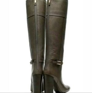 342a8b1c1b5b Tory Burch Shoes - AUTH TORY BURCH Jenna Mid Heel Leather Boots