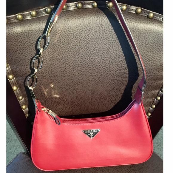 bd4d5fce70b8 Deep Red Baguette Handbag. M 583de685d14d7bca2901eedd