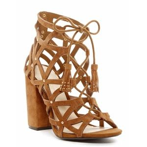 🎉 HP 🎉 JESSICA SIMPSON Cut Out Sandal