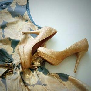 Olsenboye Shoes - Gold Glitter Platform Heels