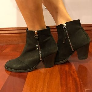 Topshop Shoes - Topshop suede black booties with zippers