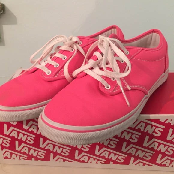 Vans Atwood Low neon pink! M 583e1b6399086a3611029fae 9ccb49f24308