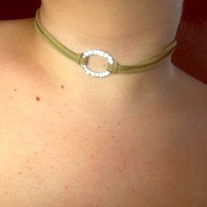 Jewelry - 🆕Olive green diamond choker