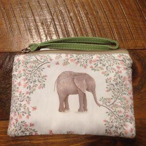 Handbags - NWT Elephant Wristlet