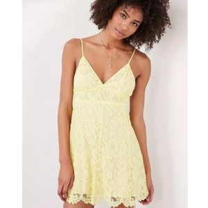 NWT XS & S Urban Outfitters Yellow Lace Dress