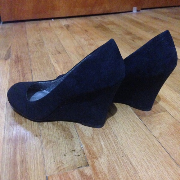 81 fergalicious shoes black casual wedge from