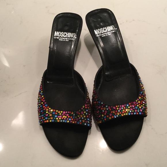2be1686e566 Beautiful stone Moschino slide shoes. M 583e3a6313302a60b4030d93