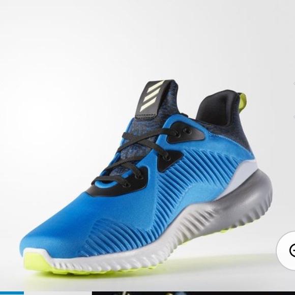 Adidas zapatos NIB hombre  AlphaBounce poshmark