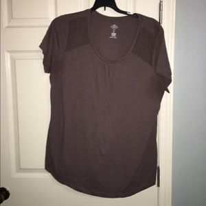 Mocha brown T w/ lace inset 2x