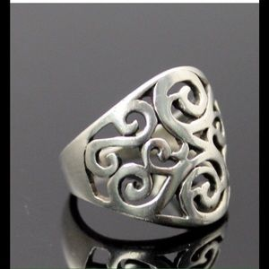 Jewelry - Sterling silver, scroll, motif, fashion ring