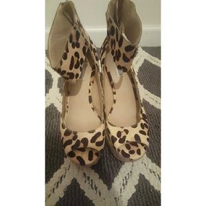 steve madden leopard wedges