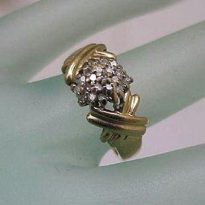 Jewelry - Estate 14k yellow gold. 40ct diamond ring