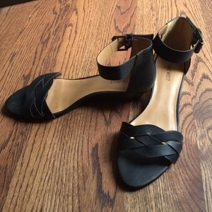 NINE WEST wedge sandal
