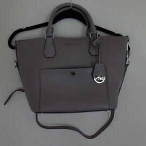 MICHAEL Michael Kors Handbags - AUTHENTIC Michael Kors Tote