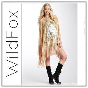 ✨WildFox White Label Stallion Fringe Poncho✨