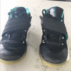 Nike Other - Boys Nike Kyrie Irving high tops little boy 13 1/2