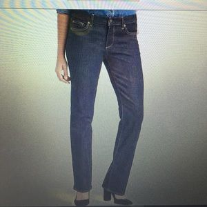 Brand New GAP Authentic 1969 Perfect Boot Jeans.