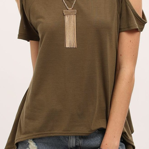 98 Off Tops Open Hole Shoulder Top From Instyle Clothes