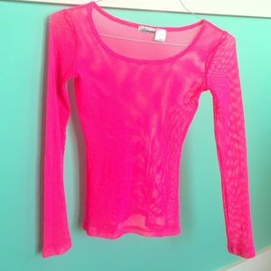 Mascara Tops - 🌈Totally awesome hot pink mesh top!💖