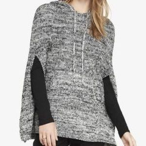 SALE 🎉 Express Heather Hooded Grey Knit Cape