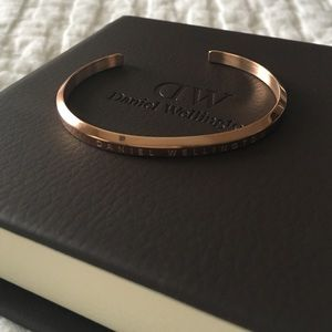 Daniel Wellington Jewelry - Rose Gold Daniel Wellington Cuff