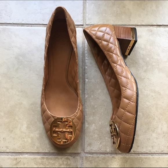 Tory Burch Tan Leather Maggie Quilted Pumps
