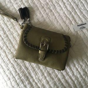 Charming Charlie Handbags - Charming Charlie small purse