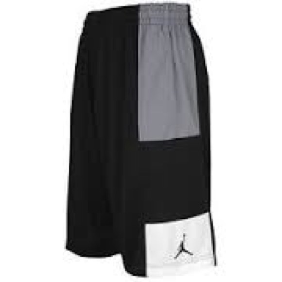 5fa4bd0e61d4e Men s Small Jordan Nike Basketball Shorts Black. M 583f1d995c12f8e21505a8fb