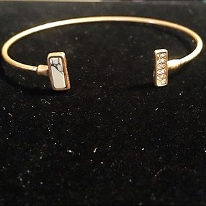 Jewelry - 🎹👉🏼Dainty Gold Rectangle Cuff-White & Bling