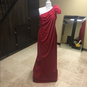 Marchesa Dresses & Skirts - MARCHESA red 1shoulder 100% silk evening gown SALE