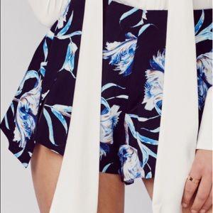 Stylestalker- mulholland shorts XS