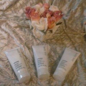 Mary Kay Satin Hands Fragrance Free!