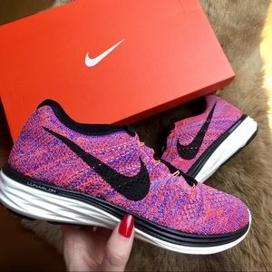 Nike Shoes - ☀️HP☀️NWT nike flyknit 150$