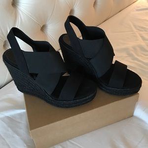 Lauren Ralph Lauren Black wedges size 8 brand new