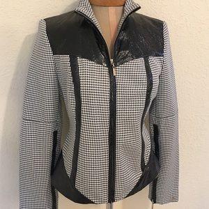 Que Jackets & Blazers - Blazer by Que