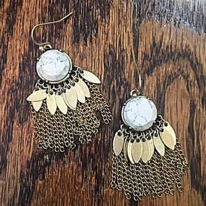 Jewelry - 🎹👂🏼Natural Stone & Metal Fringe Earrings-White