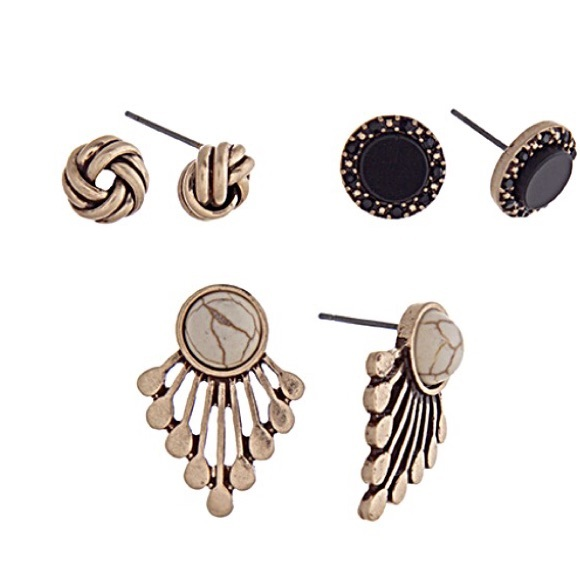 Jewelry - 🎹👂🏼Fan/Knot/Stud Earring Trio-White & Black
