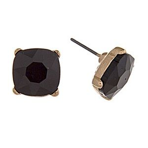 Jewelry - 🎹👂🏼Black Square Button Post Earrings