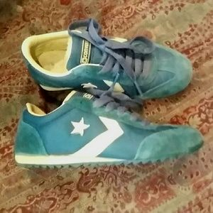 *Converse* Seagreen running shoes US size 9