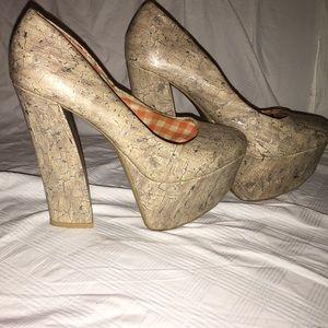 Shoes - ON SALE‼️Forever 21 brand Platform Heels, Size 7.5