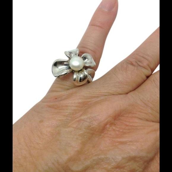 Ann King Jewelry Ann King Sterling Silver Pearl Designer Ring
