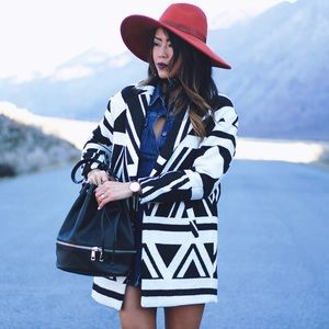 Black and white Geo-patterned coat